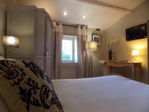 Hostellerie Le Roy Soleil, Hotels  Ménerbes - big - 12