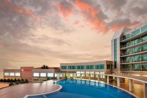 Ramada Baku Hotel - Baku