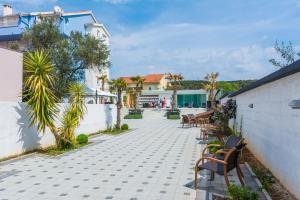Villa Nika, Apartments  Bibinje - big - 71