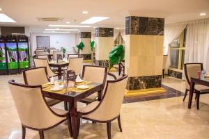 Alazhar Palace Hotel, Hotely  Al Qunfudhah - big - 86