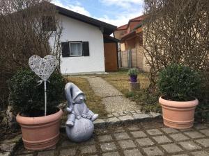 Evi's Seehäusl, Ferienhäuser  Übersee - big - 13
