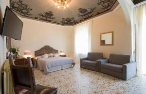 B&B Palazzo Bulgarini (3 of 64)