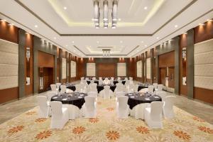 Radisson Blu Pune Hinjawadi, Отели  Пуне - big - 54