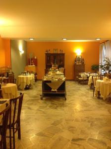 Aer Hotel Malpensa, Hotely  Oleggio - big - 36