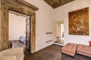 Piazza Farnese exclusive view 2 bedroom en suite, Appartamenti  Roma - big - 4