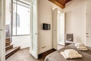 Piazza Farnese exclusive view 2 bedroom en suite, Appartamenti  Roma - big - 16