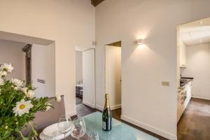 Piazza Farnese exclusive view 2 bedroom en suite, Appartamenti  Roma - big - 30