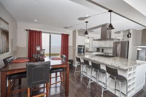 Niagara Lakeview Home, Prázdninové domy  Port Dalhousie - big - 3