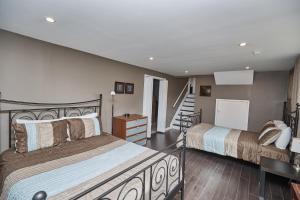 Niagara Lakeview Home, Prázdninové domy  Port Dalhousie - big - 4