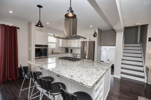 Niagara Lakeview Home, Prázdninové domy  Port Dalhousie - big - 17