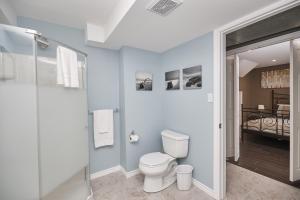 Niagara Lakeview Home, Prázdninové domy  Port Dalhousie - big - 24