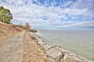 Niagara Lakeview Home, Prázdninové domy  Port Dalhousie - big - 27