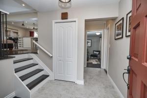 Niagara Lakeview Home, Prázdninové domy  Port Dalhousie - big - 36