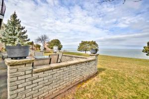 Niagara Lakeview Home, Prázdninové domy  Port Dalhousie - big - 39