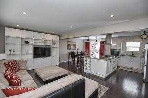 Niagara Lakeview Home, Prázdninové domy  Port Dalhousie - big - 41