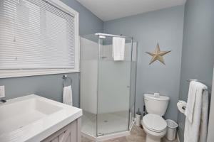 Niagara Lakeview Home, Prázdninové domy  Port Dalhousie - big - 56