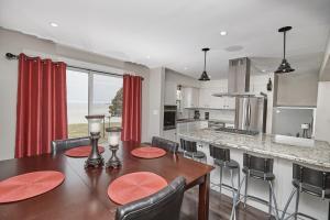 Niagara Lakeview Home, Prázdninové domy  Port Dalhousie - big - 63