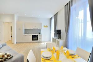 New Romantic Trastevere Apartment, Ferienhäuser  Rom - big - 5