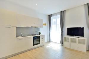 New Romantic Trastevere Apartment, Ferienhäuser  Rom - big - 7