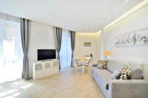 New Romantic Trastevere Apartment, Дома для отпуска  Рим - big - 1
