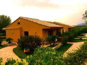 Villa Cattleya, Dovolenkové domy  Campofelice di Roccella - big - 24