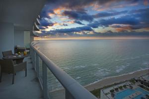 Hyde Resort & Residences (32 of 46)