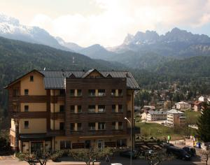Antelao Dolomiti Mountain Resort - AbcAlberghi.com