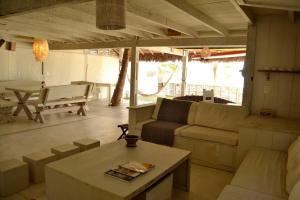 Nordestina Casa de Mar, Дома для отпуска  Икараи - big - 7