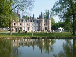 Location gîte, chambres d'hotes Chateau de la Plumasserie dans le département Seine et Marne 77