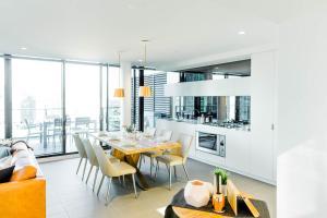 Canvas Suites on Flinders, Apartments  Melbourne - big - 87