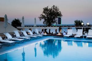 Hostels e Albergues - Poseidon Beach Hotel