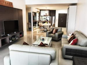 . Luxurious Holiday Apartment