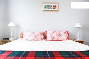 Floral Oaks B&B - Accommodation - Auckland