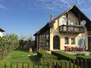 Namas Ciklámen vendégházak Mezėkevešdas Vengrija