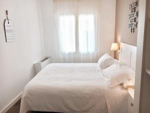 Hotel Carbonell, Hotely  Llança - big - 6