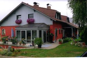 Ferienwohnung Haus Monika - Heinrichskirchen