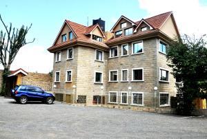 Ridgecage Guest House