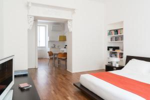 Brera Apartments in San Fermo, Apartmány  Milán - big - 15