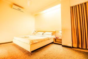 Hotel Sangam, Отели  Karad - big - 2