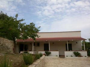 Casa In Uliveto Vicino A Mare - AbcAlberghi.com