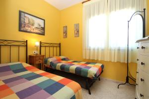 Pino Alto Holiday Homes Rioja, Ferienhäuser  Miami Platja - big - 8