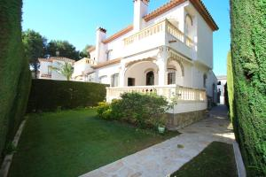 Pino Alto Holiday Homes Rioja, Ferienhäuser  Miami Platja - big - 11
