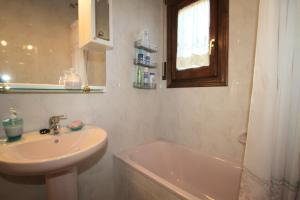 Pino Alto Holiday Homes Rioja, Ferienhäuser  Miami Platja - big - 13