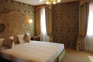 Hotel Casanova - AbcAlberghi.com