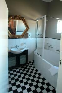 1932 House Bed and Breakfast, Penzióny  Walvis Bay - big - 5