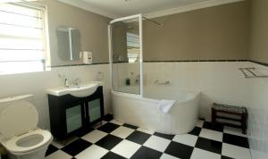 1932 House Bed and Breakfast, Penzióny  Walvis Bay - big - 9