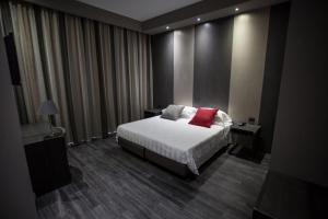 V99 Hotel - AbcAlberghi.com