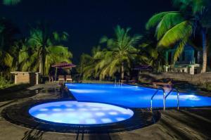 The Coconut Gardens Hotel & Restaurant