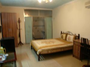 China Town Guest House, Hotel  Freetown - big - 5