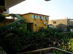 China Town Guest House, Hotel  Freetown - big - 8